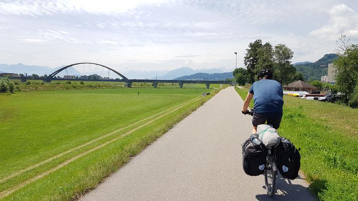 Fahrt durch's Rheintal