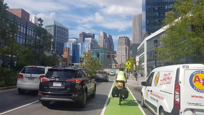 Auf dem Radweg durch Boston ins Hotel