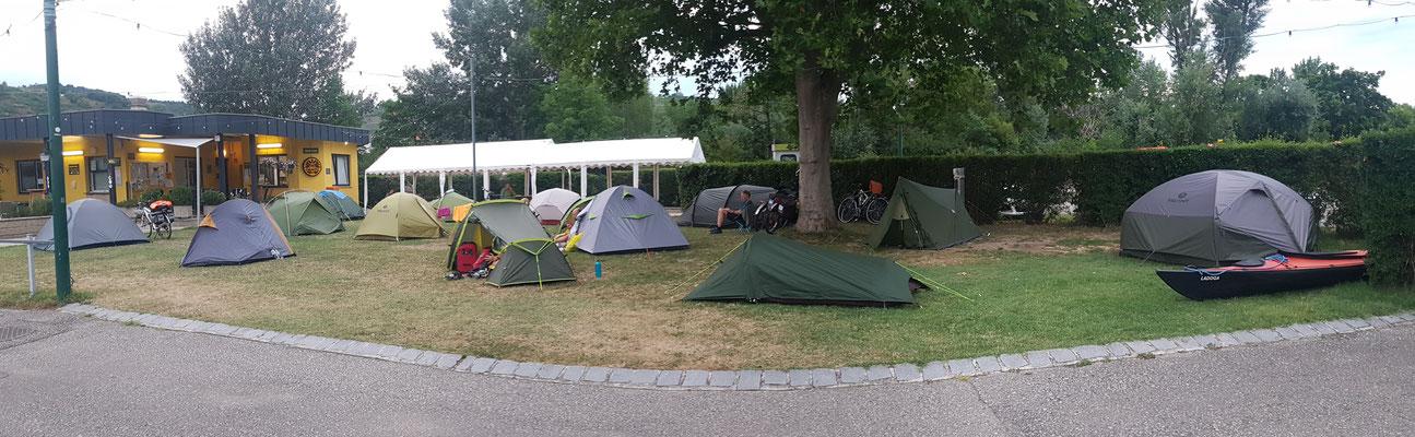 Donau Camping Krems; heute sind wir nicht alleine...