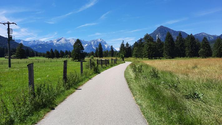 vor Garmisch-Partenkirchen