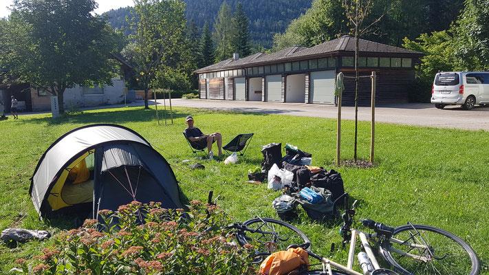 Morgenessen auf dem Camping Schatzlmühle in Scharnstein