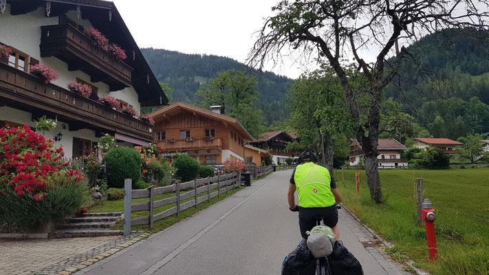 Bayrischzell, Einstieg in den Sudelfeld Pass