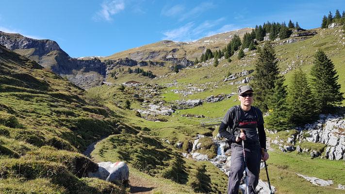 Wanderung von der Grütschalp zur Lobhornhütte und weiter nach Sulwald