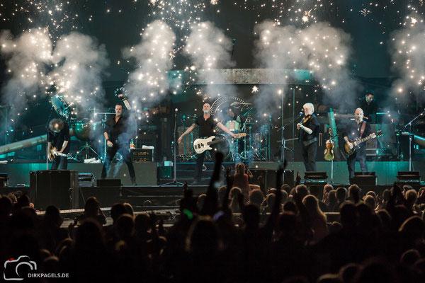 Santiano am 08.03.2018 in der Mercedes Benz Arena, Foto: Dirk Pagels, Teltow