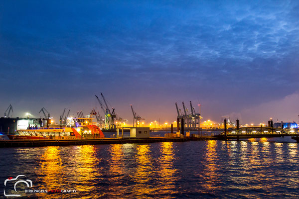 Hamburger Hafen,  Foto: Dirk Pagels