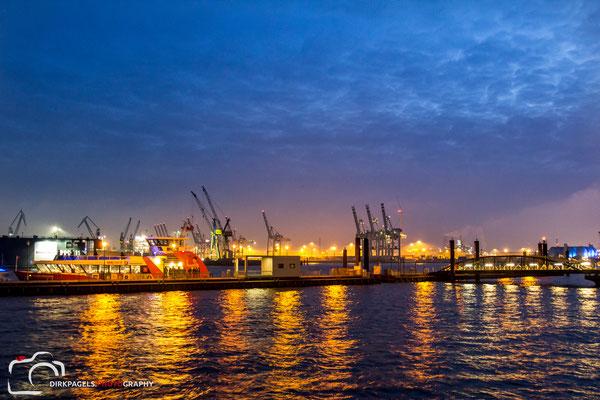 Hamburger Hafen,  Foto: Dirk Pagels, Teltow