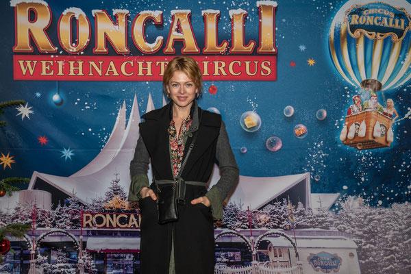Isabell Gerschke bei der Premiere vom Roncalli Weihnachtscircus am 19.12.2019 im Berliner Tempodrom, Foto: Dirk Pagels, Teltow
