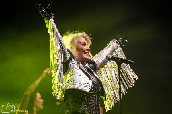 Kim Wilde am 13.10.2018 in der Berliner Columbiahalle, Foto: Dirk Pagels