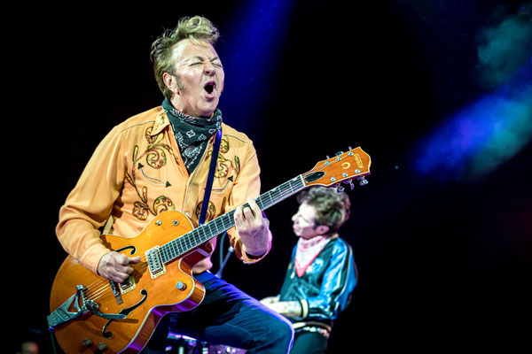 Brian Setzer, Stray Cats 2019 in Berlin, Foto: Dirk Pagels