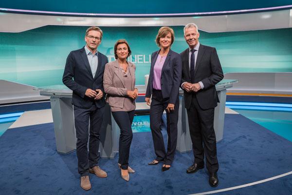 die 4 Moderatoren vor dem TV Duell Merkel, Schulz, Foto: Dirk Pagels, Teltow
