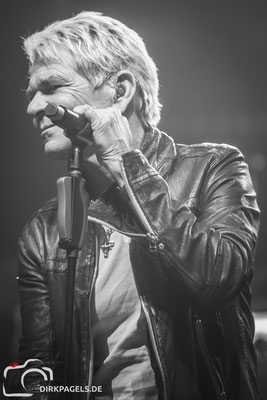 Matthias Reim, Gast bei den Rocklegenden am 05.01.2018 in der Mercedes Benz Arena, Foto: Dirk Pagels