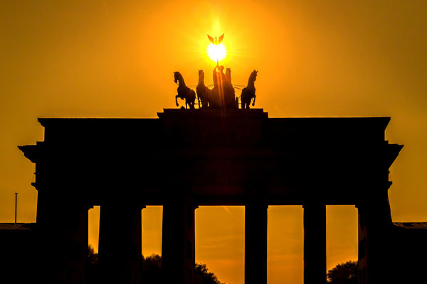 Die Sonne eingefangen am Brandenburger Tor in Berlin, Foto: Dirk Pagels