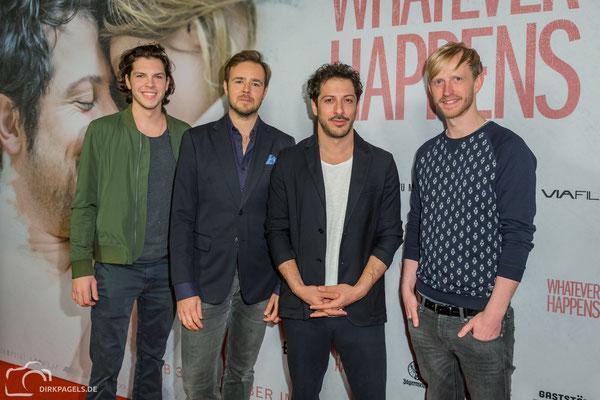 "Filmpremiere von ""Whatever Happens"". Bastian Hagen, Niels Laupert, Fahri Yarid, David Zimmerschied. Foto: Dirk Pagels, Teltow"