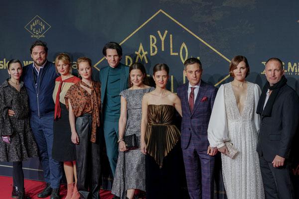 Die Hauptdarsteller bei der Premiere von Babylon Berlin am 16.12.2019 im Zoo Palast Berlin, Foto: Dirk Pagels, Teltow