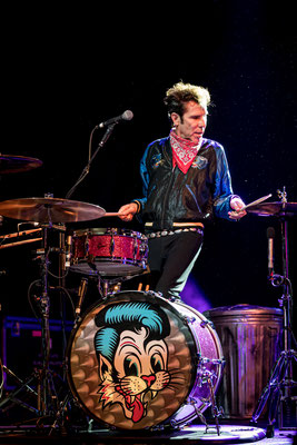 Slim Jim Phantom, Stray Cats 2019, Columbiahalle Berlin, Foto: Dirk Pagels, Teltow