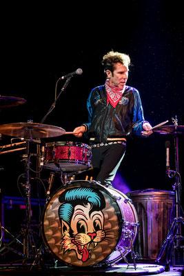 Slim Jim Phantom, Stray Cats 2019, Columbiahalle Berlin, Foto: Dirk Pagels, Teltow