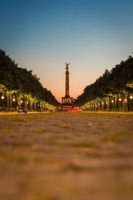 Straße des 17. Juni in Berlin mit der Siegessäule im Hintergrund, Foto: Dirk Pagels, Teltow
