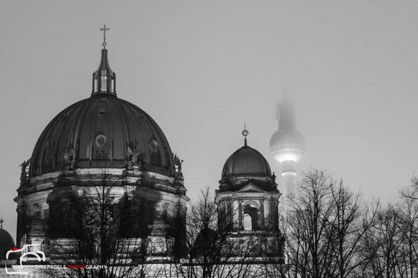Berliner Dom und der Fernsehturm als Geist im Hintergrund, Foto: Dirk Pagels, Teltow
