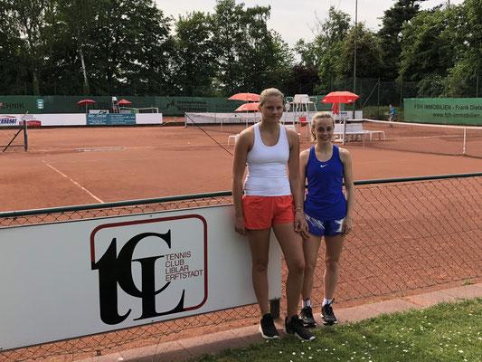 Ein tolles Finale der U16 Juniorinnen: Michelle Moller (re.) ließ jedoch Nina Westkamp (HTC SW Bonn) keine Chance