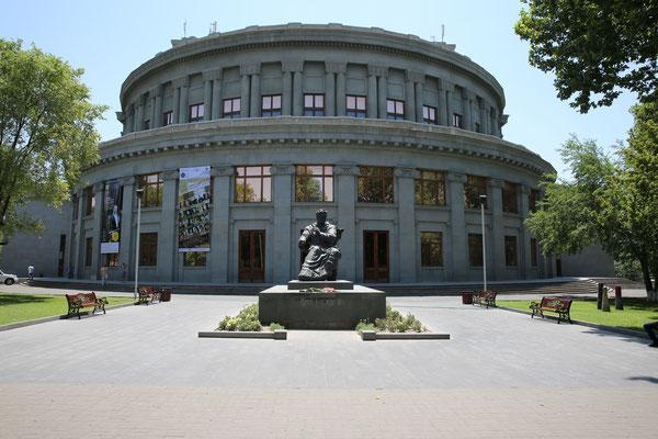 Erevan- Oper