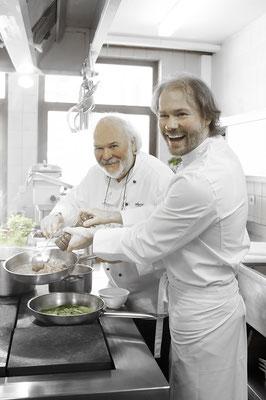 """Titelfoto vom Kochbuch """"Die Bärenküche"""", ausgezeichnet mit dem Prix Prato"""