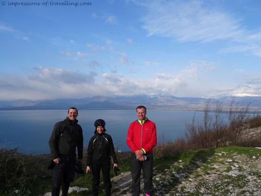Russische Reiseradler bei Skadarsko Jezero in Montenegro