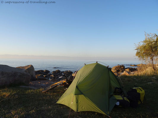 Campen am Issykkul-See