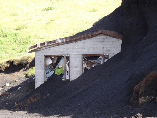 Vulkanasche auf einem Haus