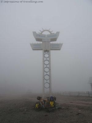 Nebel am Goderdzipass
