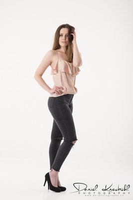 Model Vivienne VS