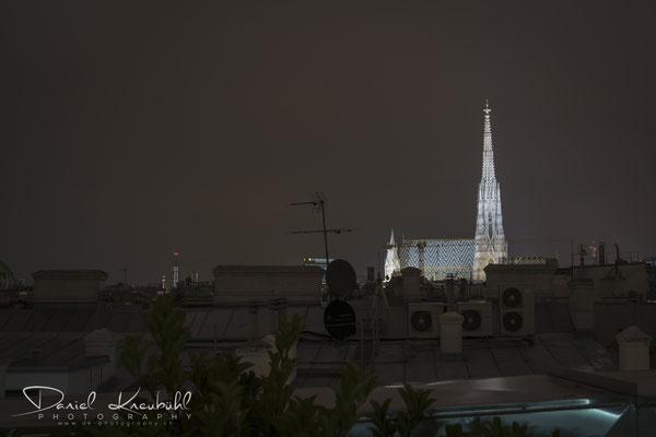 Stephansdom - über den Dächern Wiens - des Nachts