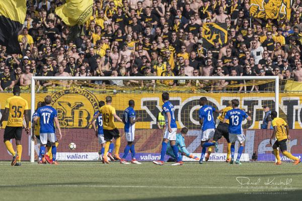 3:0 Guillaume Hoarau