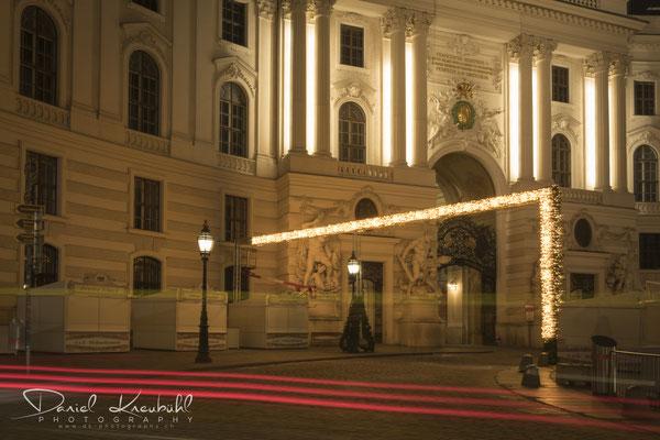 Weihnachtsbeleuchtung vor der Hofburg, Wien