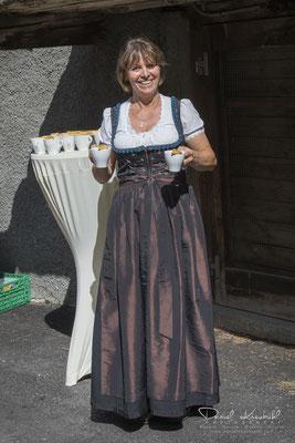 Esther Zubriggen, Gastgeberin