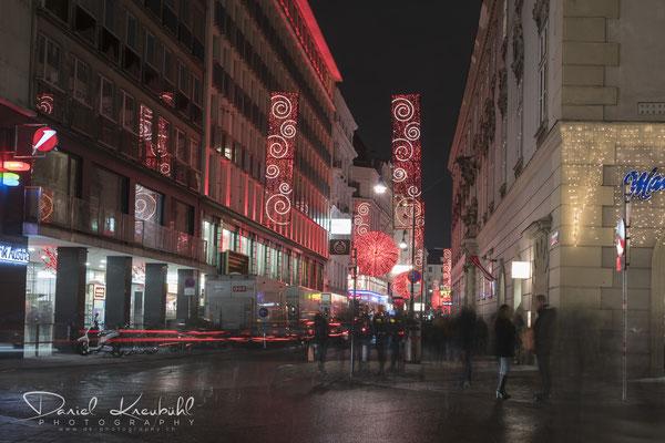 Nächtliches Treiben auf der Rotenburgstrasse, Wien