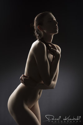 Nude Art by Tindra - photographed by Daniel Kneubühl
