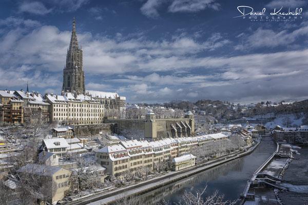 Berner Münster im Winterkleid