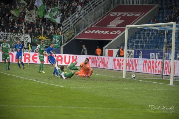 KW14: Fussball Spiel FC Luzern - FC St. Gallen, aufgenommen mit der Nikon D850 und dem brandneuen 180-400mm