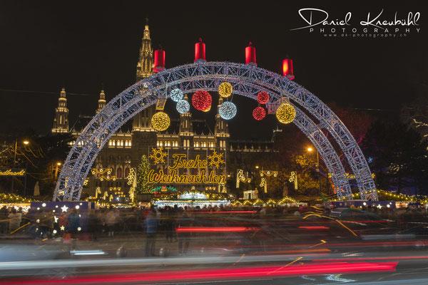 Weihnachtsmarkt auf dem Rathausplatz in Wien