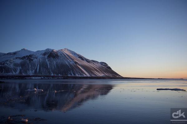 Sonnenuntergang in Borgarnes (Februar 2016, Island)