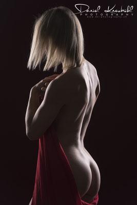 NudeArt by Sinja - Photographer: Daniel Kneubühl