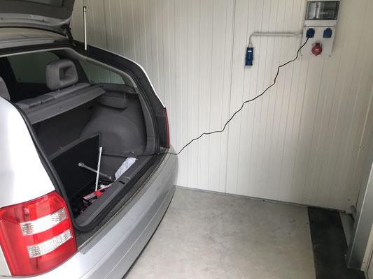 Fahrzeug-Servicepaket Batterieaufladung Ottos-Miethallen ©