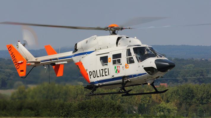 Polizei Nordrhein-Westfalen  Messerschmitt-Bölkow-Blohm-(MBB) BK 117C-1 D-HNWO