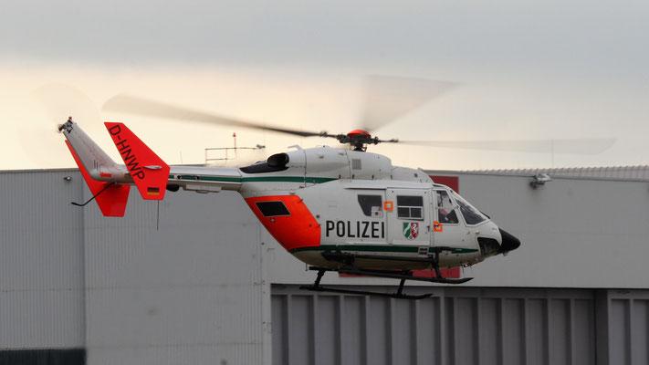 Polizei Nordrhein-Westfalen  Messerschmitt-Bölkow-Blohm-(MBB) BK 117C-1  D-HNWP