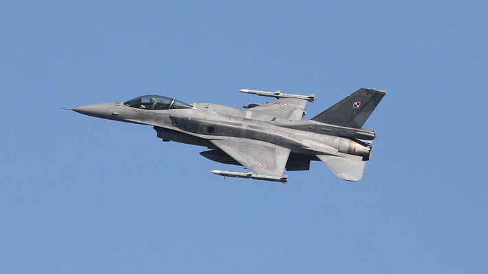 Polish Airforce F-16C 4045 31.BLT