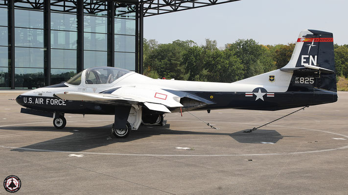 65-10825- Cessna T-37B Tweety Bird