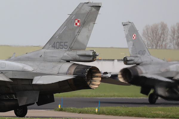 Polish Airforce F-16C 4055 31.BLT tails