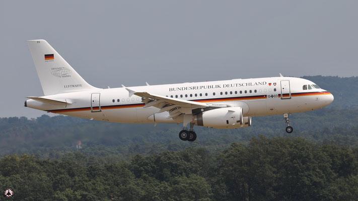 """Bundesrepublik Deutschland Airbus A319-100 CJ Flugbereitschaft des Bundesministeriums für Verteidigung 15+03 """"offener Himmel"""" - """"open skies"""""""