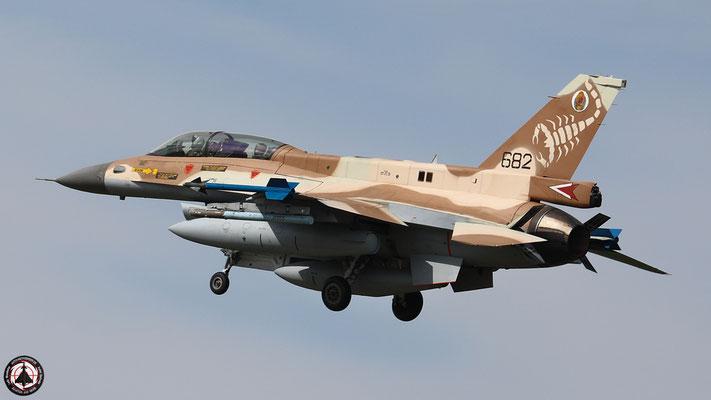 """IAF F-16 D """"Barak"""" 682"""
