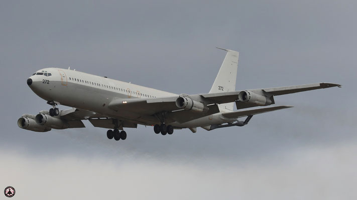 272 Israeli Air Force Boeing 707-3L6C Re'em